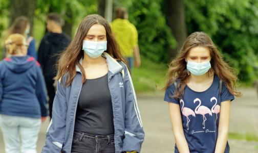 Фото №1 - Голикова: Россияне не расстанутся с медицинскими масками даже осенью