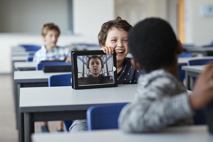 Фото №5 - 10 хитрых вопросов ребенку, чтобы он рассказал, как дела в школе