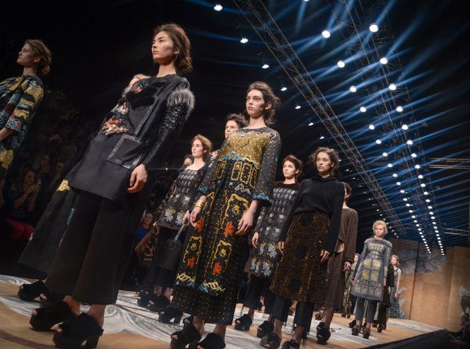 Фото №1 - Назад в будущее: новый сезон Mercedes-Benz Fashion Week Russia