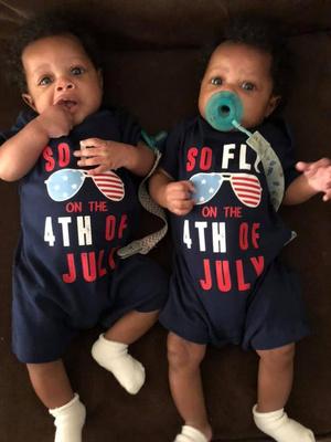 Фото №4 - Женщина родила близнецов дважды за год