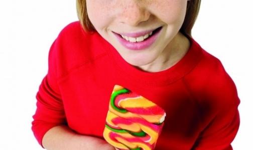 Фото №1 - Конфетка за послушание приводит к ожирению