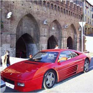 Фото №1 - Итальянцы остались без машин