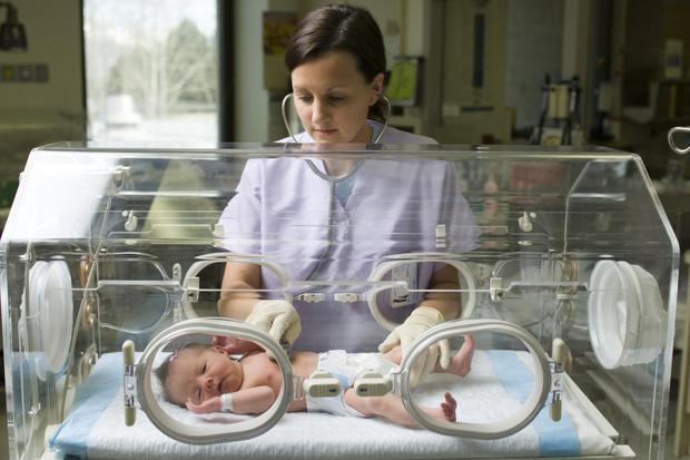 Фото №3 - В России начнут проверять новорожденных на серьезное генетическое заболевание