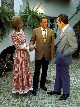 Фото №9 - Как отдыхают президенты и Первые леди: самые неформальные отпускные фото глав США с их супругами