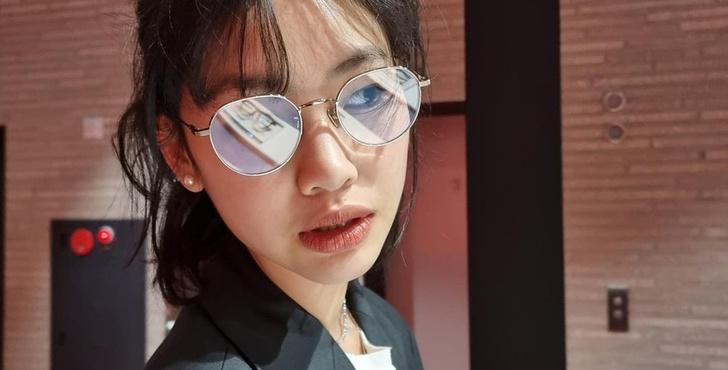 Фото №2 - От Louis Vuitton до «Игры в кальмара»: безумная карьера Чон Хо Ён 😎