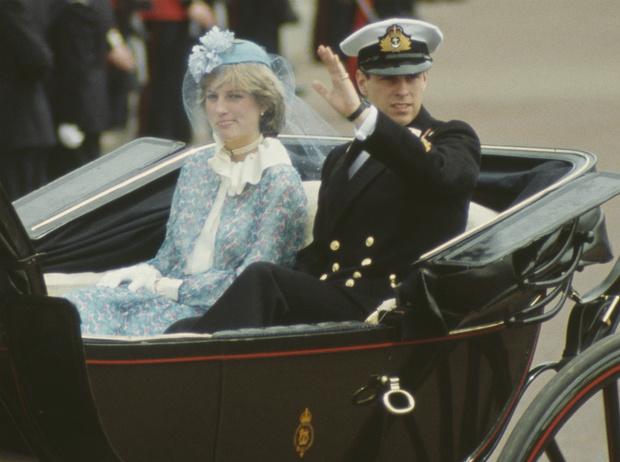 Фото №1 - Как первый королевский парад с участием Дианы едва не обернулся трагедией