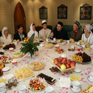 Фото №1 - Мусульмане празднуют Ураза-Байрам