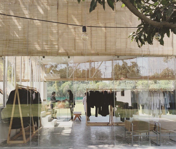 Фото №1 - Бутик модной одежды в Дели