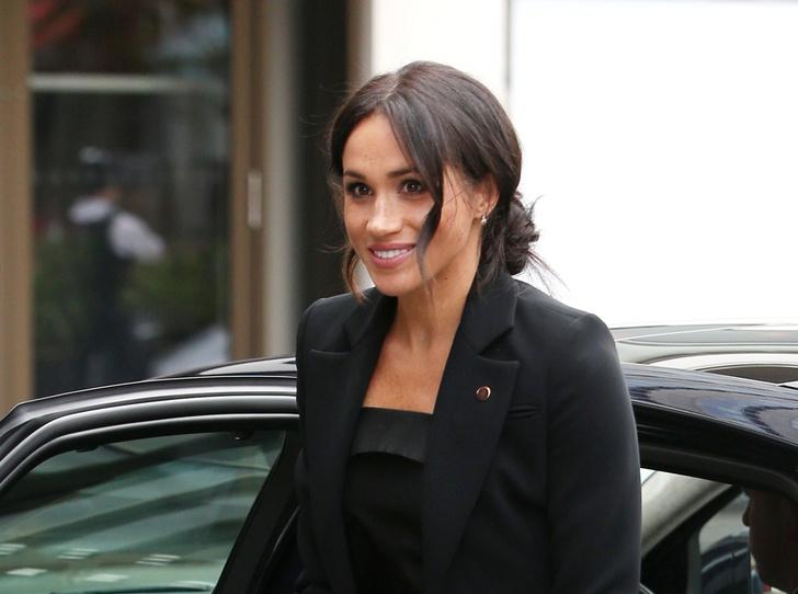 Фото №1 - Power-dressing от герцогини: новый брючный выход Меган Сассекской