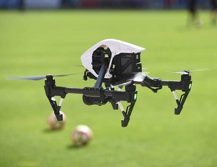 Фото №1 - Великобритания ужесточит правила эксплуатации дронов