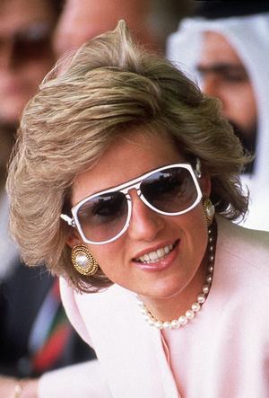 Фото №6 - Любимые солнцезащитные очки принцессы Дианы