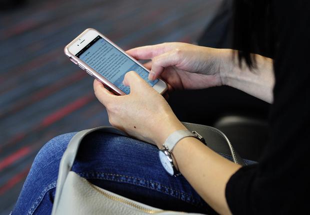 Фото №1 - Семь простых способов продлить срок работы для своего смартфона