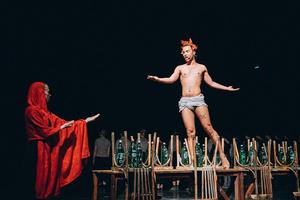 Фото №3 - Молодежные театры, которые заставят тебя полюбить спектакли больше, чем фильмы 🎭