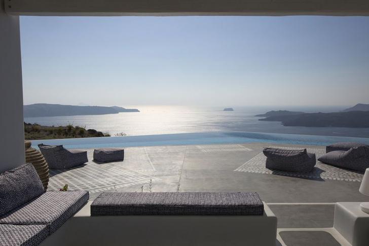 Фото №13 - Отель на Санторини по дизайну Паолы Навоне