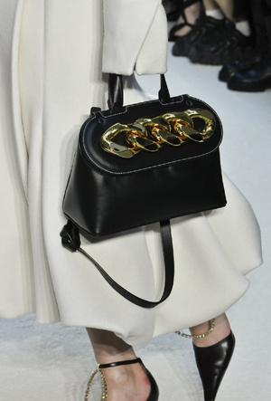 Фото №7 - Самые модные сумки осени и зимы 2020/21