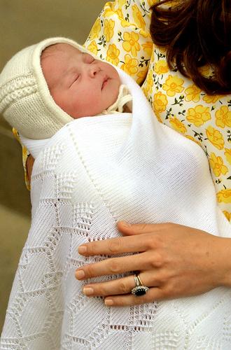 Фото №39 - Драгоценности герцогини: любимые ювелирные бренды Кейт Миддлтон