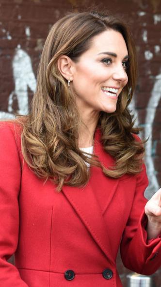 Фото №16 - Любимый бренд: самые роскошные выходы герцогини Кейт в Alexander McQueen