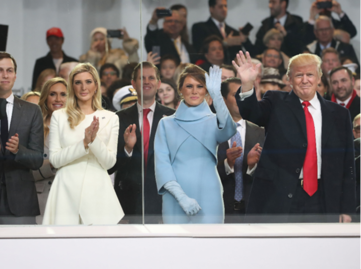 Фото №2 - Меланию Трамп исключили из списка самых влиятельных женщин мира (а Иванку нет)