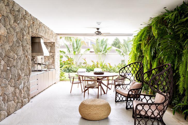 Фото №10 - Дом c панорамными окнами в Бразилии