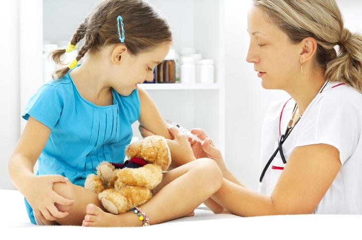 Фото №1 - Отложенный эффект: чем грозит ребенку отказ от прививок