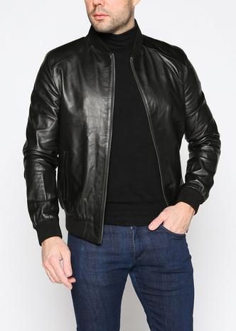 Фото №14 - Снимите немедленно: главные антитренды мужского гардероба