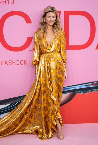 Фото №38 - Лучшие звездные образы на ковровой дорожке CFDA Fashion Awards 2019