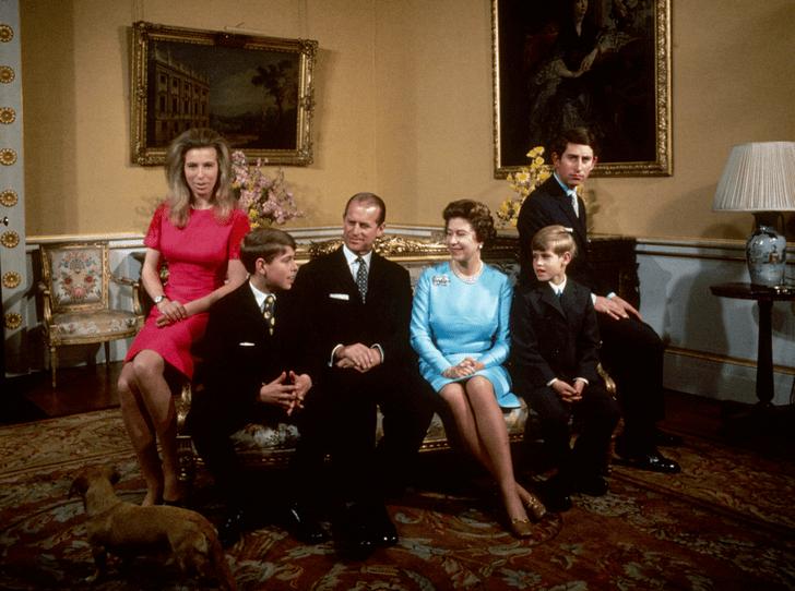 Фото №1 - Кто из внуков больше всего напоминает Елизавете II о ее матери