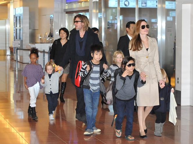 Фото №9 - Дети раздора: причина развода Анджелины Джоли и Брэда Питта