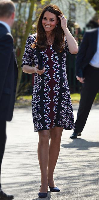 Фото №2 - В модном положении: две беременности герцогини Кембриджской (сравним?)