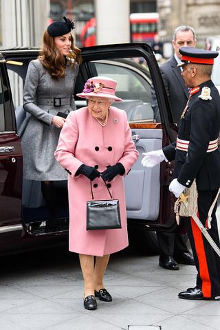 4 вещи, которые сделала Миддлтон, чтобы угодить королеве