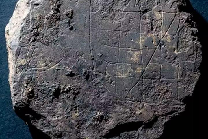 Фото №1 - В Шотландии нашли настольную игру викингов