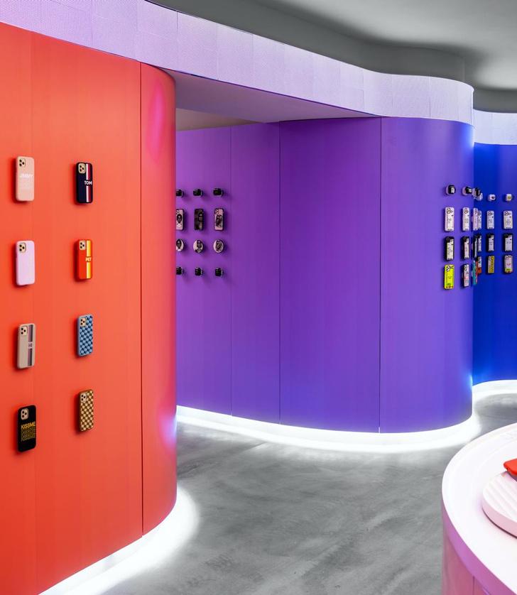 Фото №2 - Магазин CASETiFY Studio в Гонконге по дизайну Гарри Нуриева