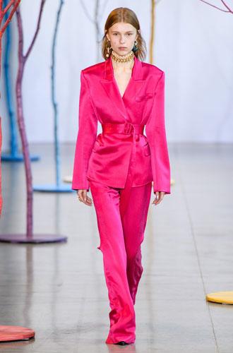 Фото №19 - От классики до сочных красок: лучшие костюмы с Недели моды в Нью-Йорке