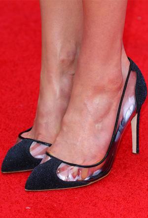 Фото №17 - Боль и слава: самая неудобная обувь звезд