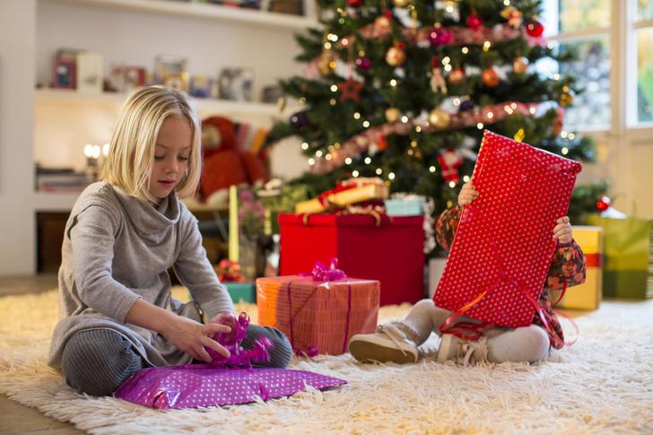 Фото №1 - 10 неудачных детских подарков: рейтинг родителей