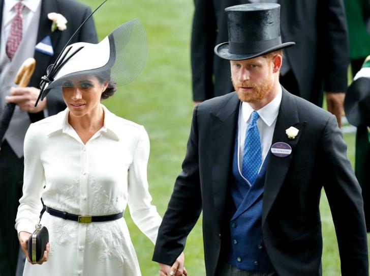 Фото №2 - Почему герцогиня Меган пропустила старт королевских скачек в Аскоте