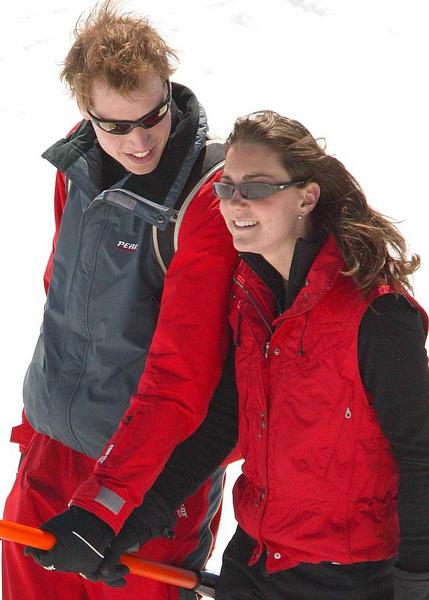 Фото №8 - Кейт Миддлтон и принц Уильям отмечают юбилей семейной жизни: как развивался роман самой обсуждаемой пары