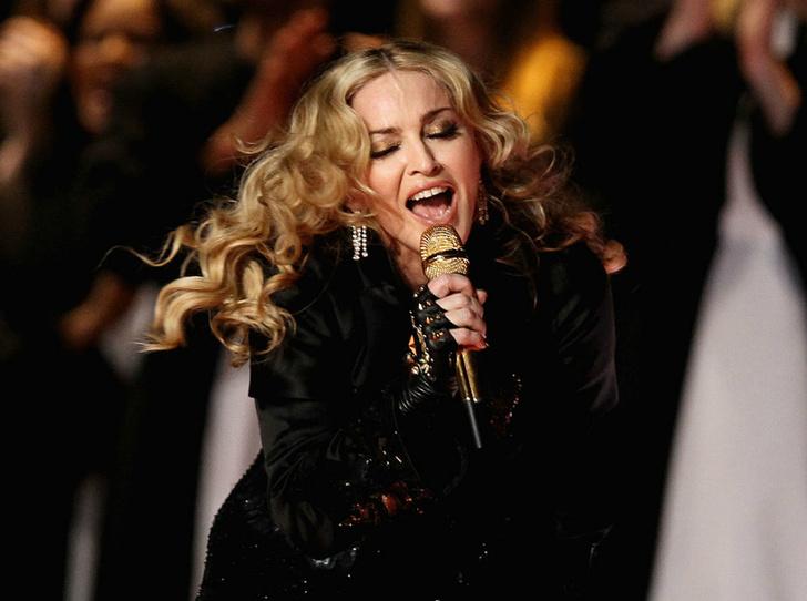 Фото №1 - Выступление Мадонны ударит по бюджету «Евровидения»