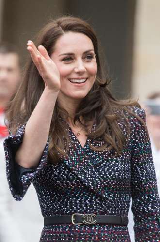 Фото №7 - Почему выходка принца Уильяма на руку Кейт Миддлтон