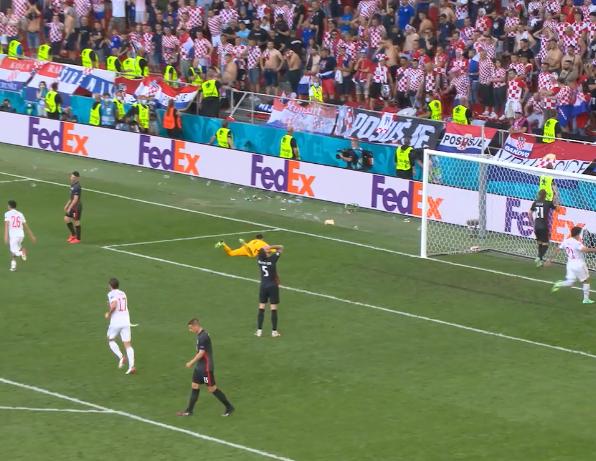 Фото №1 - Лучшие голы 1/8 финала чемпионата Европы по версии УЕФА (видео прилагается)