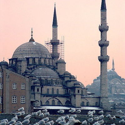 Фото №1 - Стамбул потеснил Париж