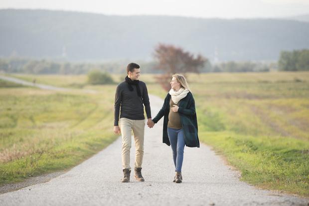 Фото №1 - Почему беременные должны больше ходить пешком