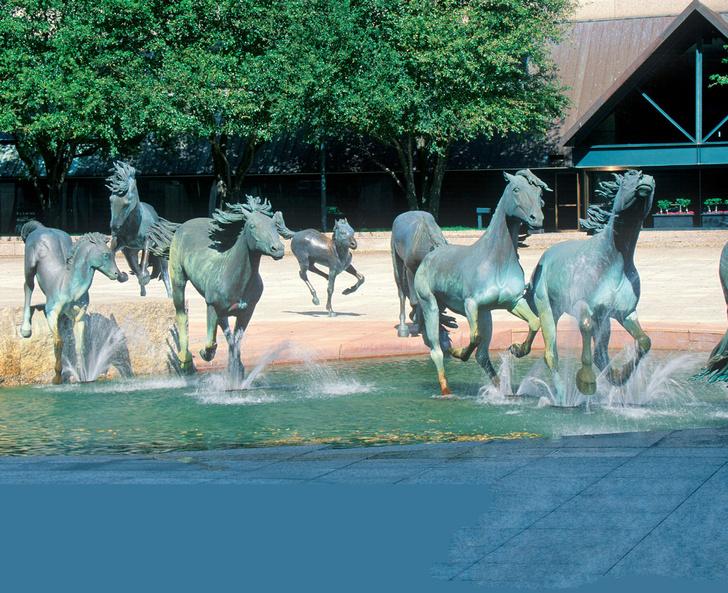 Фото №18 - 21 самый необычный фонтан мира