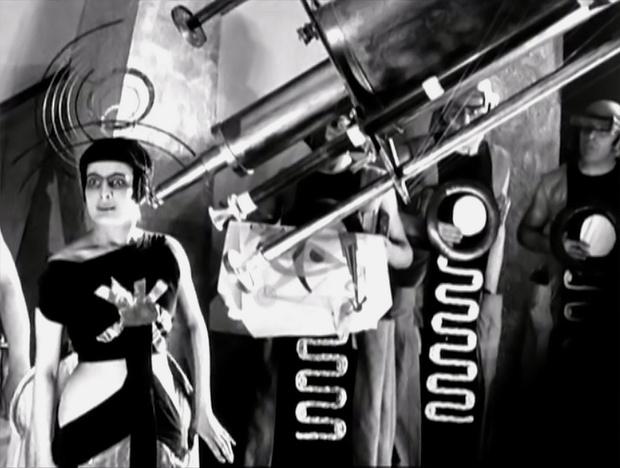 Фото №2 - Все советские космические фантастические фильмы. Часть 1 (1924-1974)