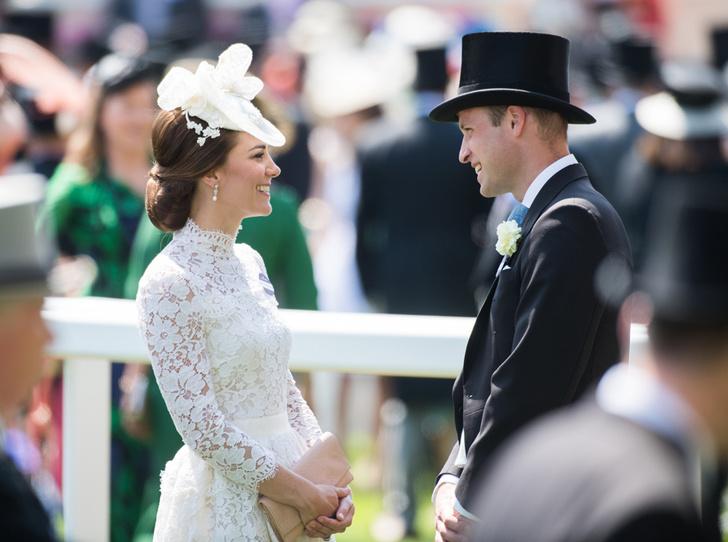 Фото №4 - Чья шляпа лучше: герцогиня Кембриджская и другие на Royal Ascot 2017