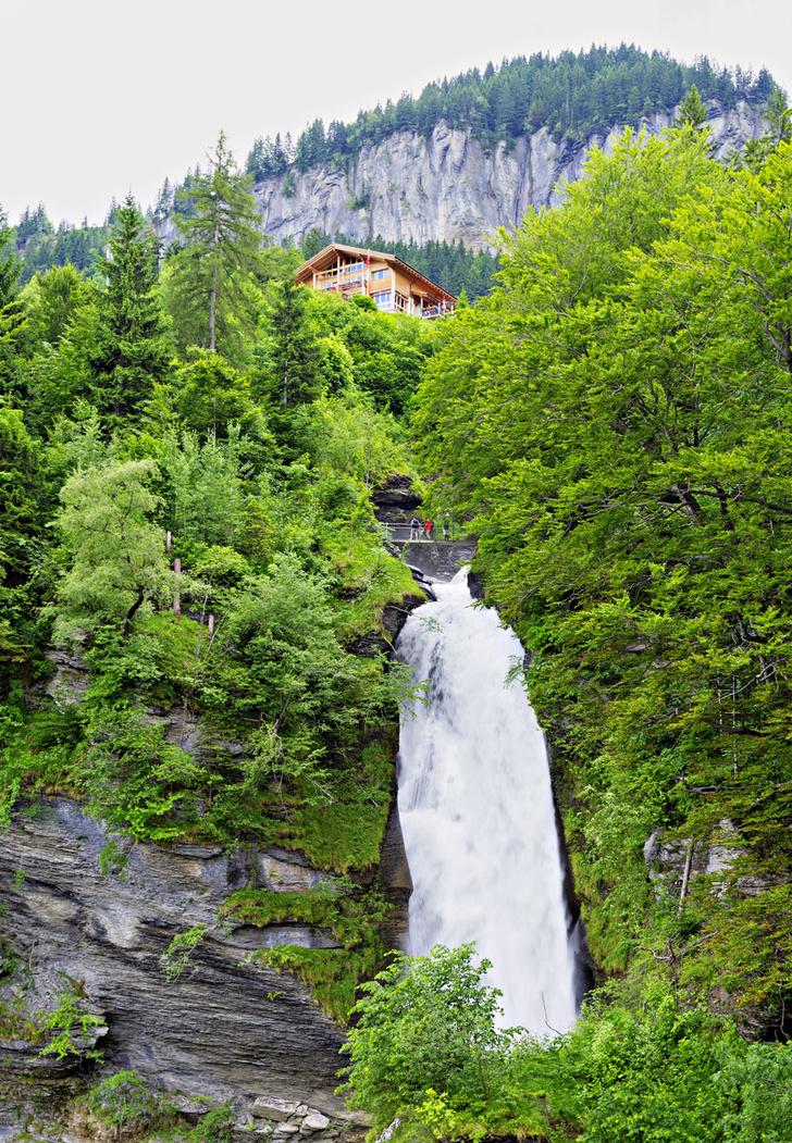 Фото №1 - Святыня шерлокианцев: поход на Рейхенбахский водопад
