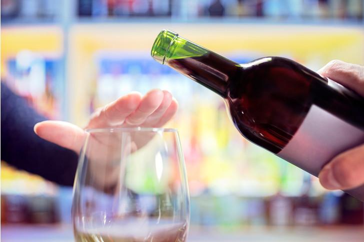 Частое употребление алкоголя увеличивает риск онкологии