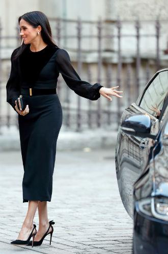 Фото №4 - Как герцогиня Меган меняет монархию одним жестом