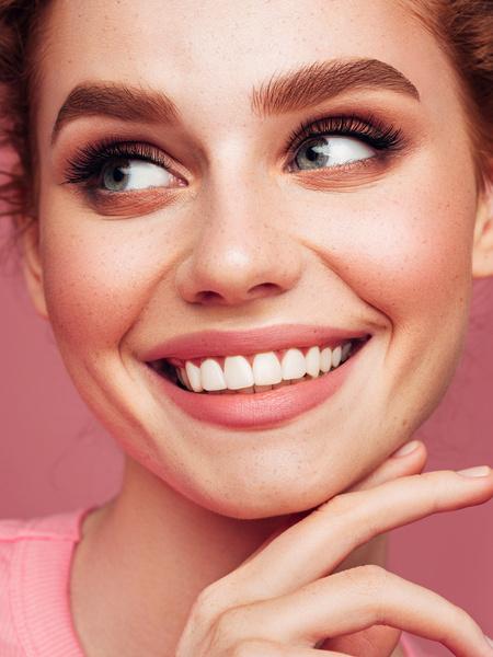 Фото №3 - Не потерять лицо: как определиться с оттенком косметики для бровей