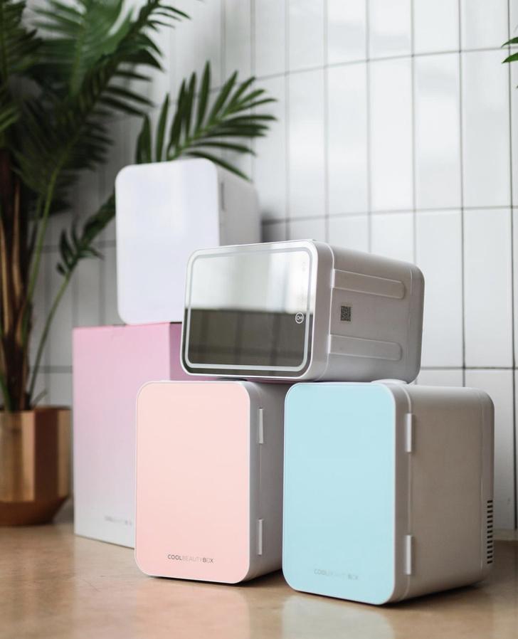 Фото №1 - Крупным планом: холодильник для косметики